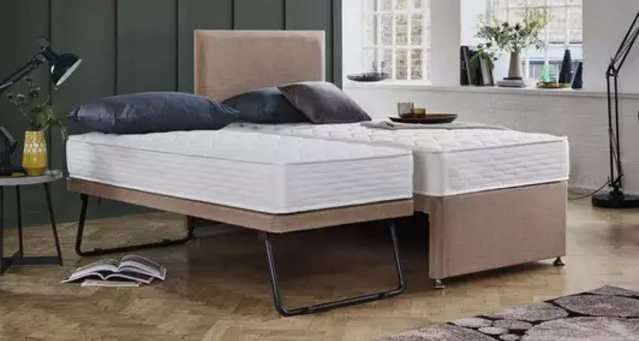 stayover trundle bed with headboard