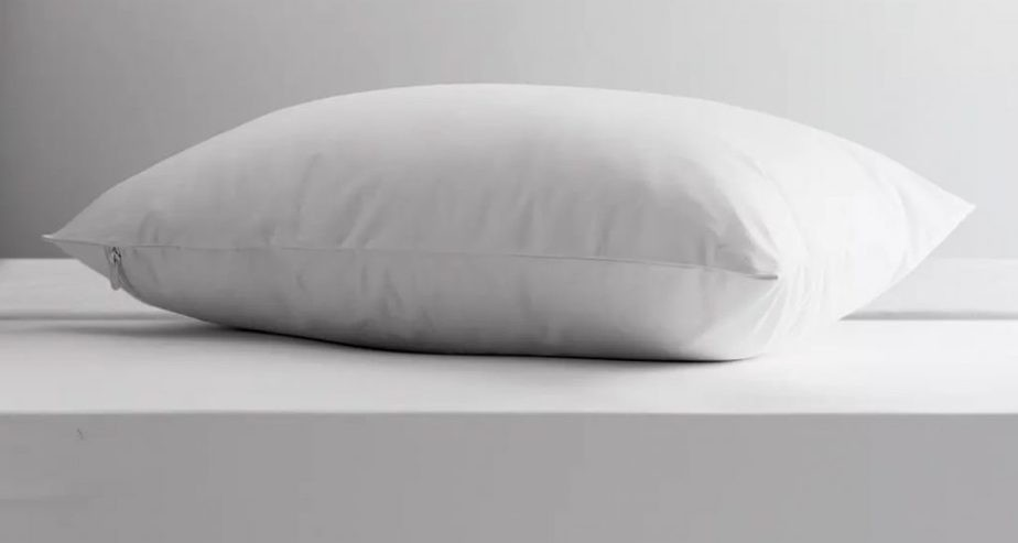 John Lewis Specialist Synthetic Anti Allergen Enclosed Waterproof Standard Pillow Protector