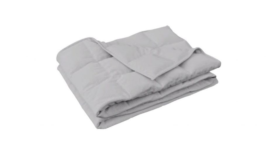 The Emma Hug weighted blanket without cover